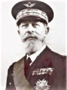 L'ingénieur, puis inspecteur, général Paul Dumanois, source: Site EcoleNavale tradition